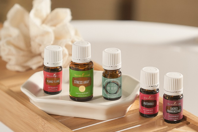 ESSENTIAL OILS FOR AROMA THERAPY